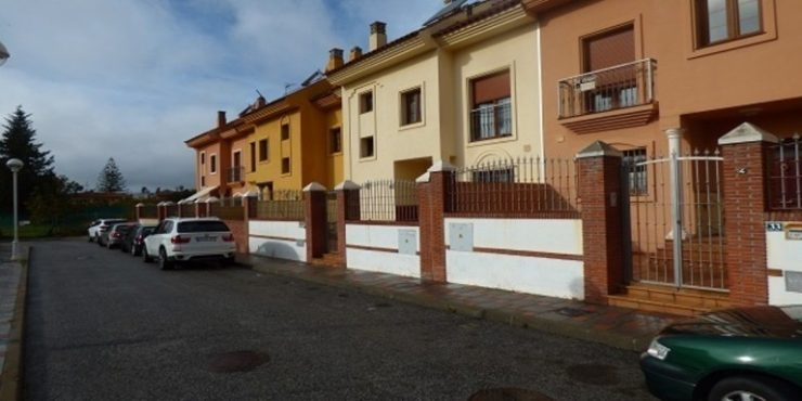 Townhouse in Los Pacos – DVG-TH1116