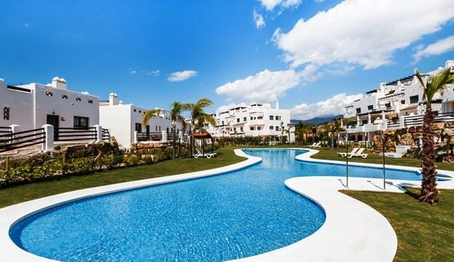 Townhouse in Estepona – DVG-DTH1271